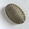 Pissebed, gegoten cement, 2,5 x 8,5 x 5,5 cm