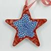 Kerstbal I-XX 2020 (onder)glazuur op keramiek 12 x 12 cm