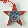Kerstbal I-XVI (onder)glazuur op aardewerk, 12 x 12 cm